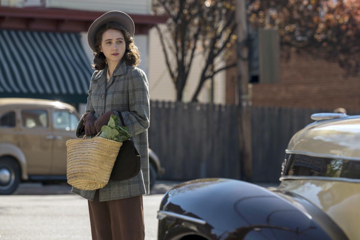 Zoe Kazan as 'Bess' in the Plot Against America